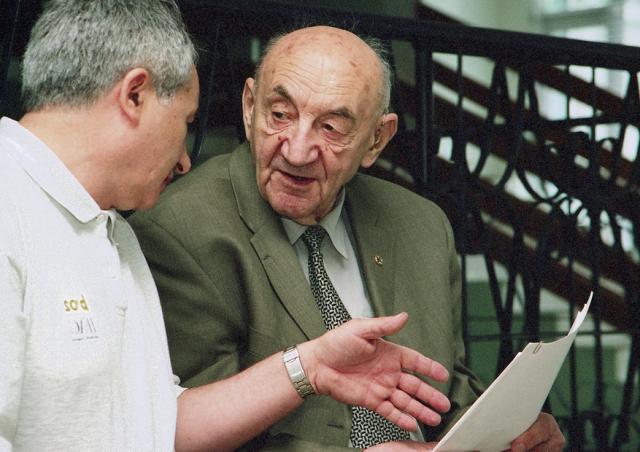 Академик Б.Е. Черток и к.т.н. Е.И. Сомов